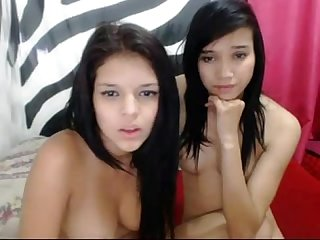 Colombian cam girls fuck each other on webcam couple sexys