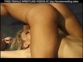 Very Hot Girls Wrestling