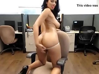 Rosey rose guyanese princess shows off her pussy