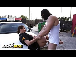 BANGBROS - Officer Molly Jane Catches A Criminal In The Act And Makes Him Pay!