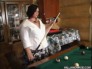 Milla Shooting Pool