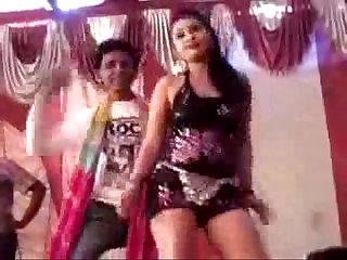 Hot and sexy indian village bhojpuri dance