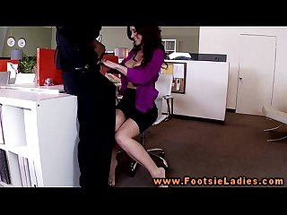 footsieladieshdd1 MainConcept AVC-AAC Apple iPad-iPhone 4 720p30 Video[39]