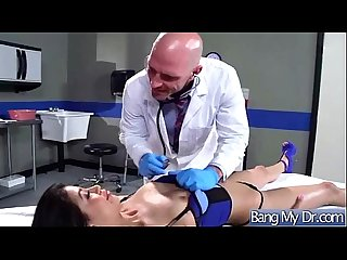 Hardcore Sex Action Between Doctor And Slut Horny Patient (veronica rodriguez) video-18