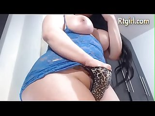 Bbw shemale jerks off