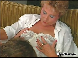 Amaizing hot big boobed mature blonde