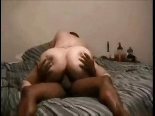 Curvy Milf hooks up with balck guy