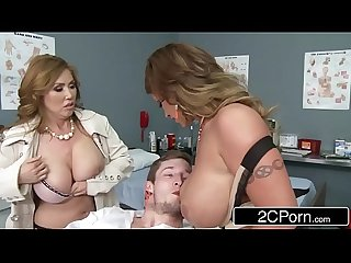 Mistress kianna dior wife eva notty having a blowjob competition in the E r