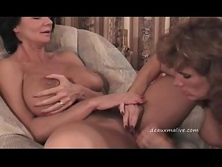 2 mature woman getting sex in motel texas p02