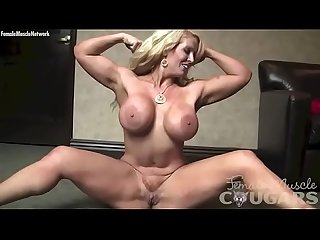 Muscle amazon alura jenson masturbates