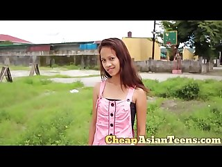 �??�?��?��??�?�の売�?�婦 Picking up 18 yo pinay with perfectly slim body /..