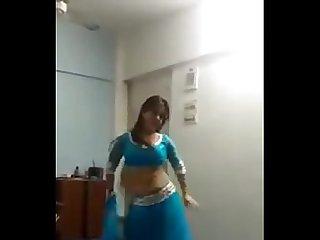 Indian girl dancing for her boyfriend(waowaa)