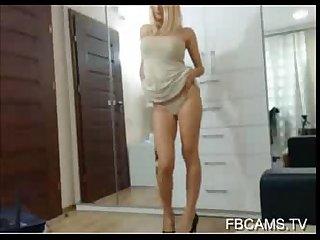 Cute webcam girl with big tits fingering herself visit 666webcam net