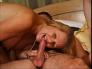 Older gals lefts the razor and gives up some pussy in funny foursome