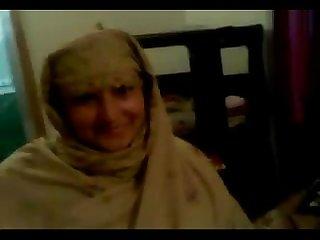 Desi pakistani call girl post sex session mp4