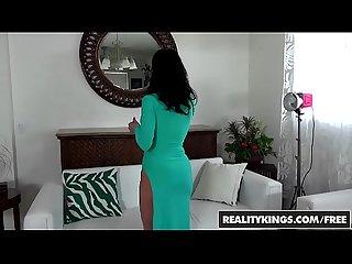 Realitykings Milf hunter levi cash mahina zaltana sexy slit