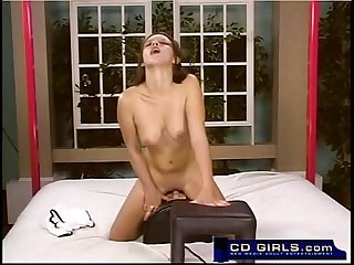 Teen amateur has a sybian machine orgasm