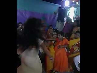 Mou sexy dance on Cousin s wedding village shelaidaha rabindranath tagore kuthibari