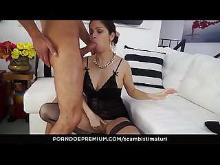 SCAMBISTI MATURI - Crazy ass fucking for raunchy Italian minx
