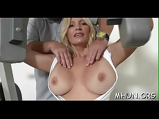 Fur pie of a milf gets hammered