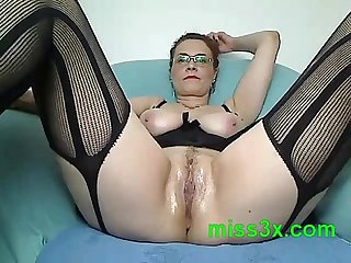 Very hot mom show her wet and juicy pussy