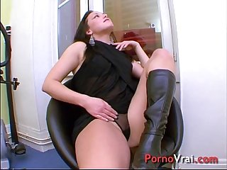 My fantasy is to get fucked by a stranger french amateur