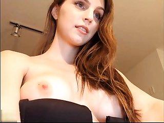 Mi novia en webcam se toca para mi part1