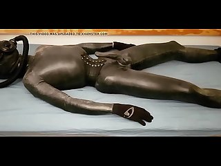 gaymanslaves.com gay slave in latex will do anything