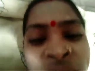 Indian chick sucks dick in tender mode on cam