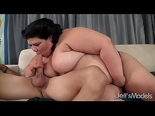Fatty beauty juicy jazmynne gets her pussy filled with cock