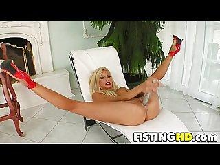 Sexy fisting slut clara g