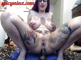 Tattooed alt girl fucks her ass