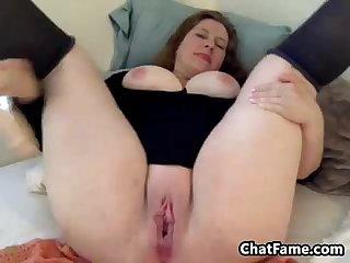 Mature bbw masturbates using toys