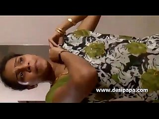 Mallu Nurse Saree Changing - DesiPapa.com