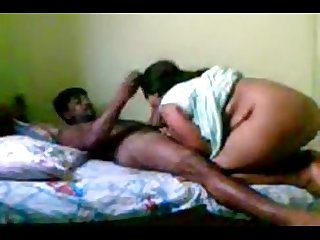 Indian mature couple sex www.playindiansex.com