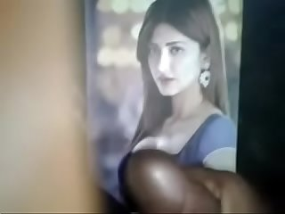 Shruti hassan fucking irresistable boobs and figure