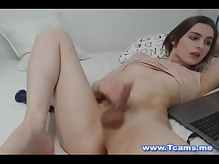 Gorgeous tranny fucks her tight ass