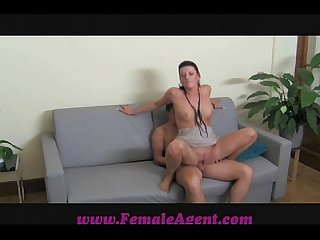 Femaleagent 18 and keen