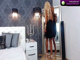 Free live sex chat with mirrembe on webcam