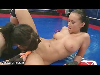 NudeFightClub presents Samantha Bentley vs Angelica Kitten