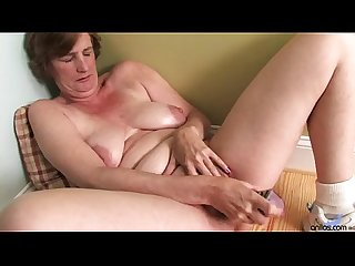 Ray lynn mature dildo masturbation