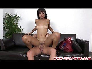 Casting de una negra sensual follada por detras