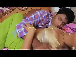 DEVER AND BHABHI HOT SAREE NAVEL ROMANCE IN BEDROOM