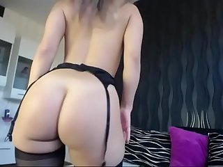 Hot Babe in Lingerie Shows her Great Ass on Cam - CamGirlsUntamed.com