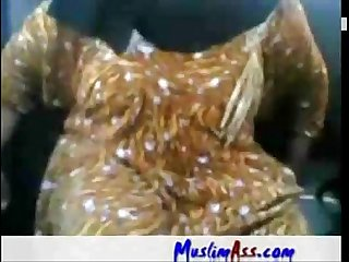 001030 fat arab aunty sucking fucking in car more Videos with this girl likefucker com