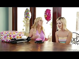 Mom, nothing wrong with this! - Brandi Love and Bella Rose