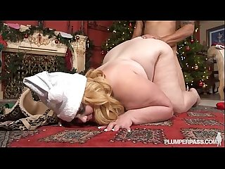 Bbw busty blonde ms sashaa santa dresses up for xmas