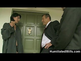 HumiliatedMilfs - Milf Reporter Roxanne Hall Fucks & Sucks For A Scoop