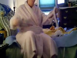 My nude mum after shower real hidden cam