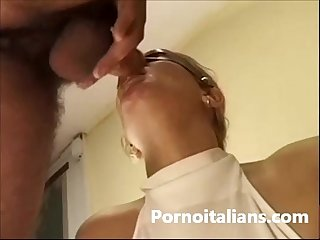 Milf italiana scopata da italiano dotato italian milf fucked by italian